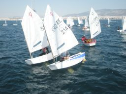 noef-races-optimist-laser-eirnis-filias-2009-04-05 (11)